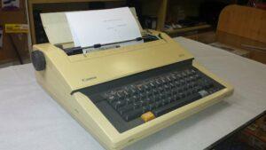 Máquina de escribir electrónica Canon ES5